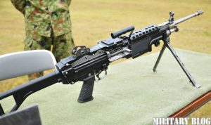 new_light_machine_gun_m249_put_on_weight_control_004